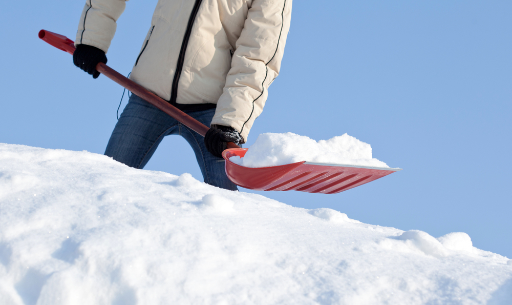 Waiting To Shovel Snow Until It Stops >> Your Body S Response To Snow Shoveling Tips To Stay Safe
