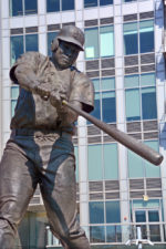 Statue of Tony Gwynn via Shutterstock