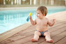 Sunscreen via Shutterstock